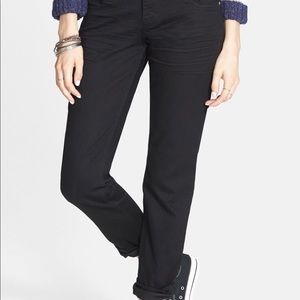 STS Blue Joey Relaxed Boyfriend Black Denim